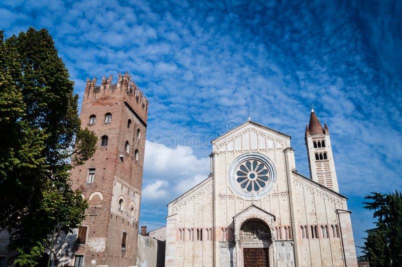 San Zeno Church in Verona, Italië stock foto's