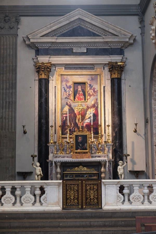San Zenobius e Ambrose ed angeli che circondano Madonna, altare nei Di San Lorenzo della basilica a Firenze fotografia stock