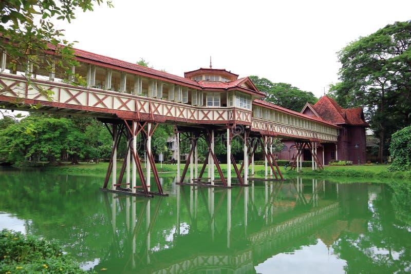 Sanam Chan pałac przy Nakhon Pathom prowincją w Tajlandia zdjęcia stock
