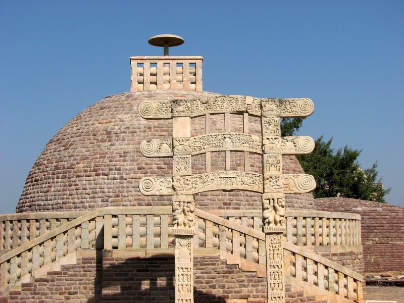 Sanchi: Stupa antigo em Madhya Pradesh imagens de stock