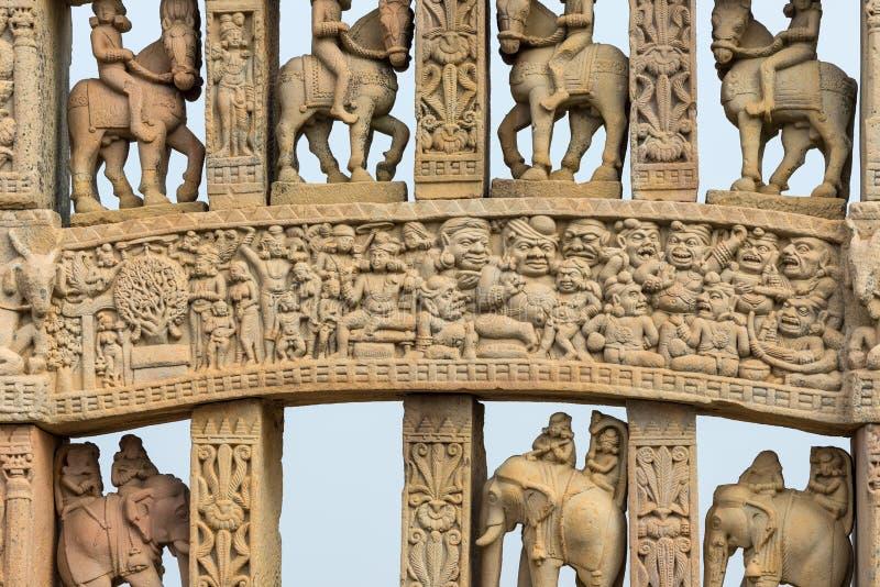 Sanchi Stupa, costruzione buddista antica, mistero di religione, ha scolpito la pietra Destinazione di viaggio in Madhya Pradesh, immagine stock