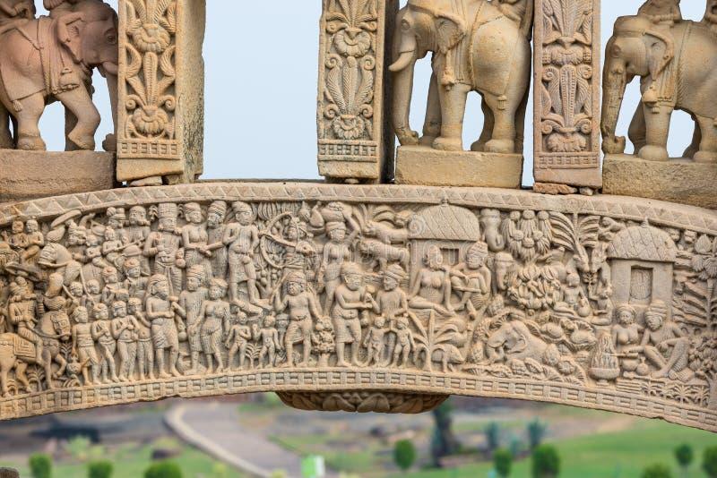 Sanchi Stupa, edificio budista antiguo, misterio de la religión, talló la piedra Destino del viaje en Madhya Pradesh, la India foto de archivo libre de regalías