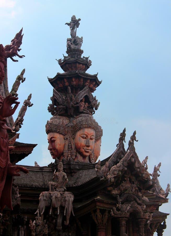 Sanctuaire en bois de la vérité à Pattaya, Thaïlande photos libres de droits