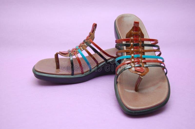 Sandálias coloridas do verão imagem de stock royalty free