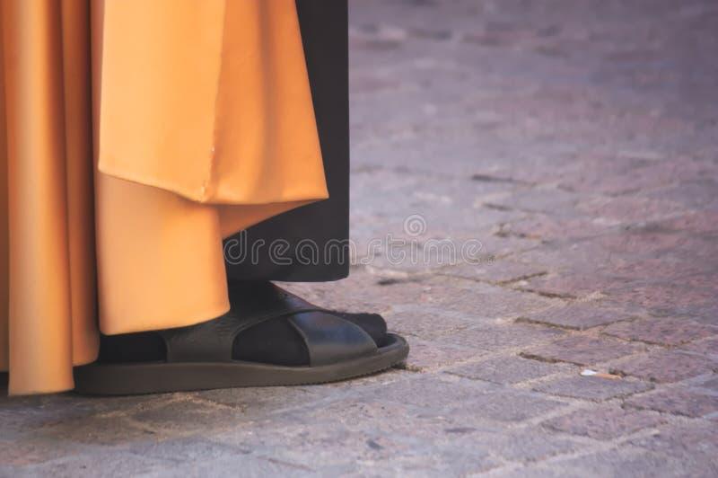 Sandálias do Nazarene em uma procissão fotografia de stock