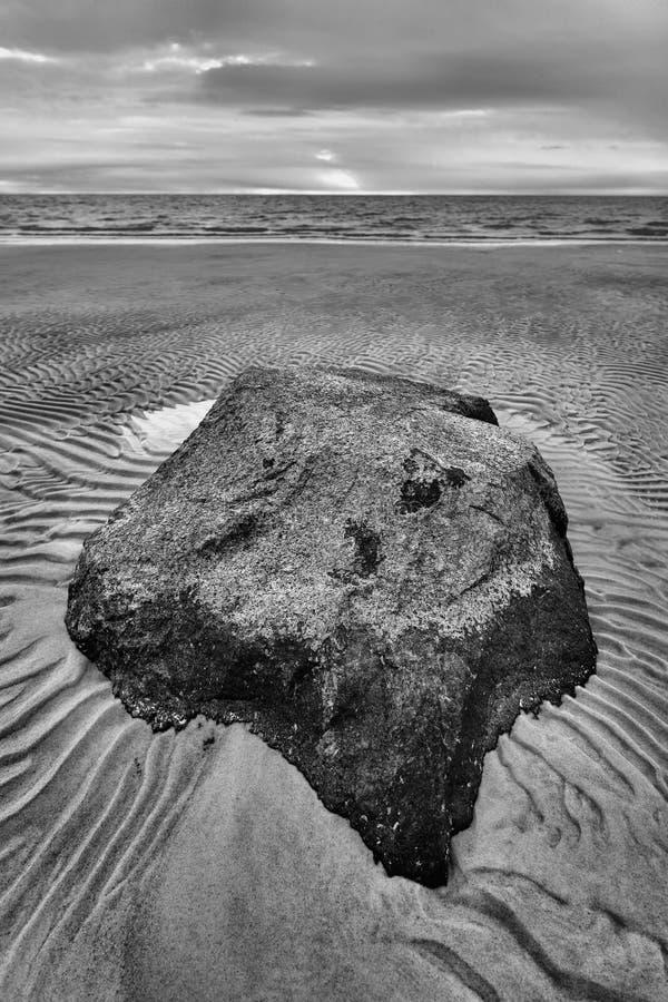 Sand plätschert Strand stockfoto