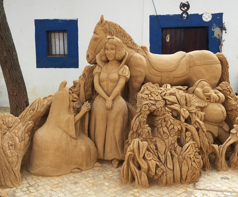 Sand-Skulpturen in Albufeira Portugal lizenzfreies stockfoto