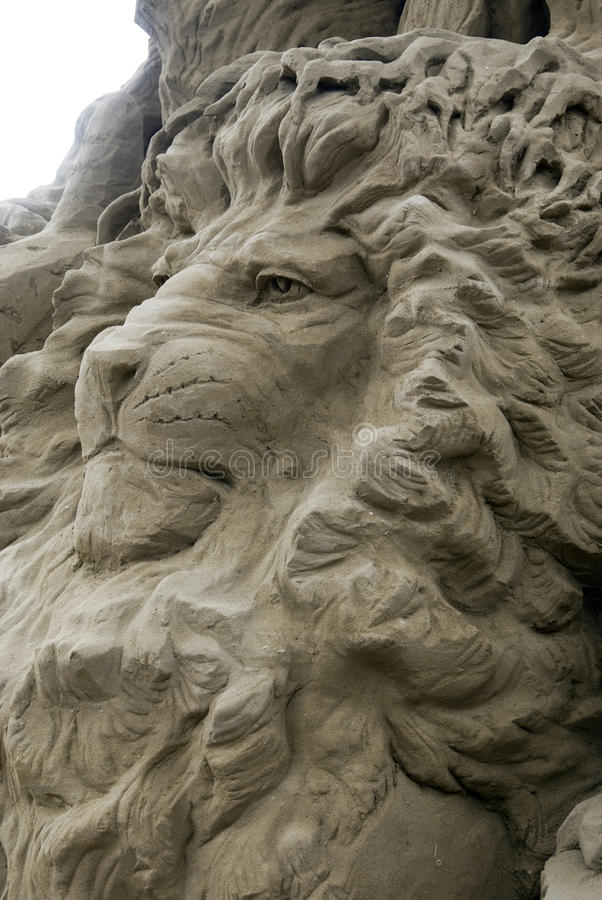 Sand-Skulpturen - der Löwe lizenzfreie stockfotografie