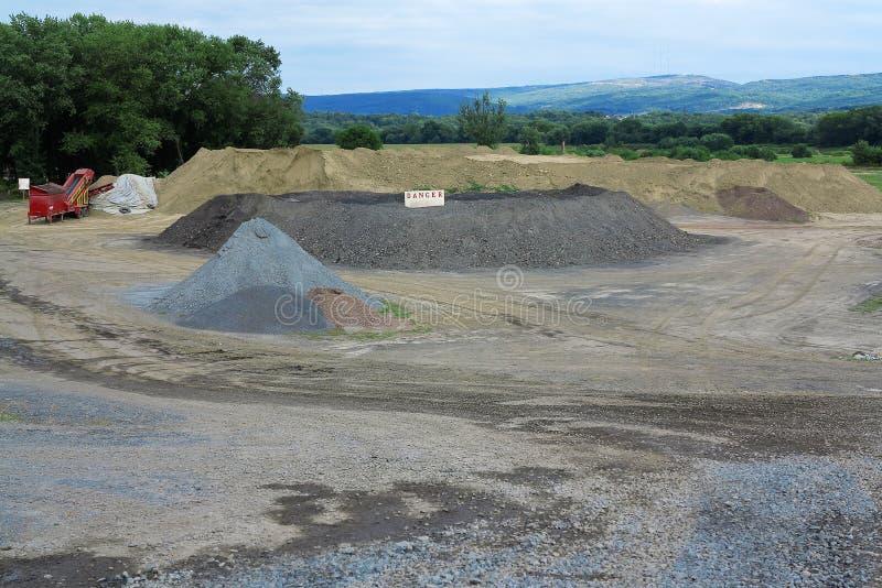Sand-und Kies-Grube stockbilder