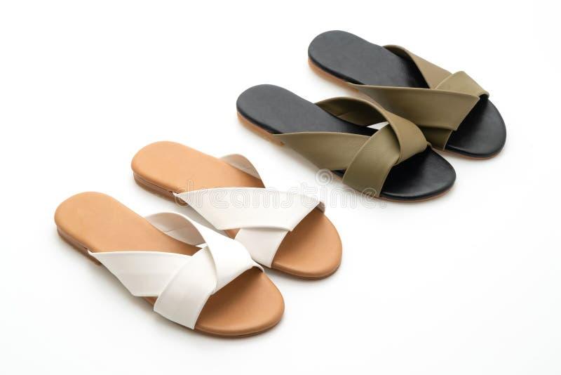 sandalias de cuero hermosas de la hembra y de la mujer de la moda fotos de archivo libres de regalías