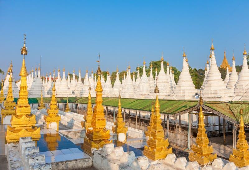 Sandamuni-Pagode in Mandalay, Myanmar lizenzfreies stockfoto