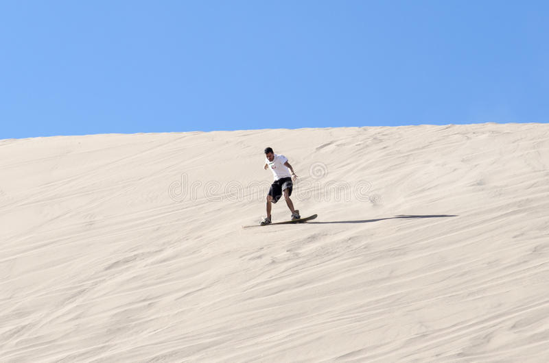 Sandboarding w Atacama pustyni obraz royalty free