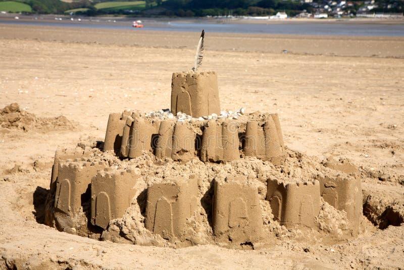 Sandcastle na praia. fotos de stock