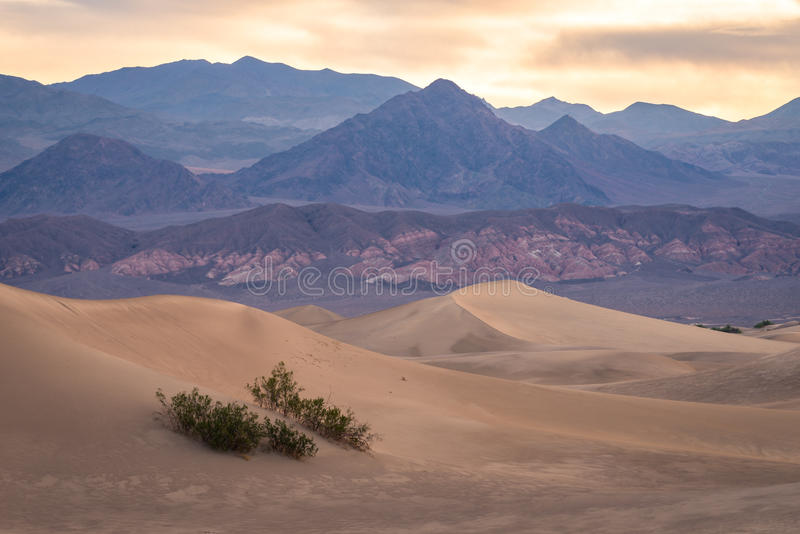 Sanddünen in Death Valley 4 lizenzfreies stockbild