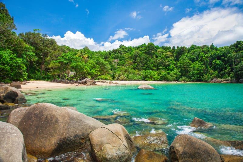 Sandig strand, Khao Lak, Thailand royaltyfria bilder