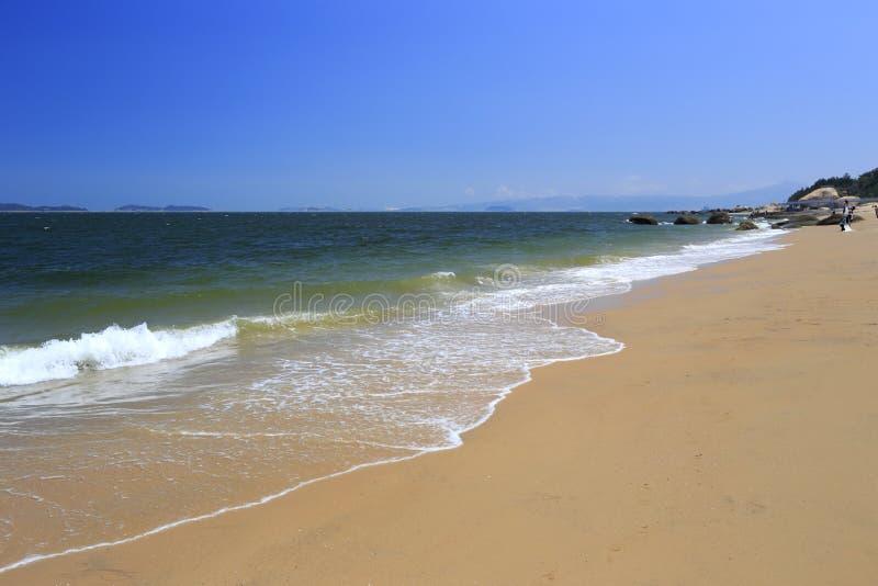 Sandiger Strand der ruhigen amoy Westinsel lizenzfreie stockfotos