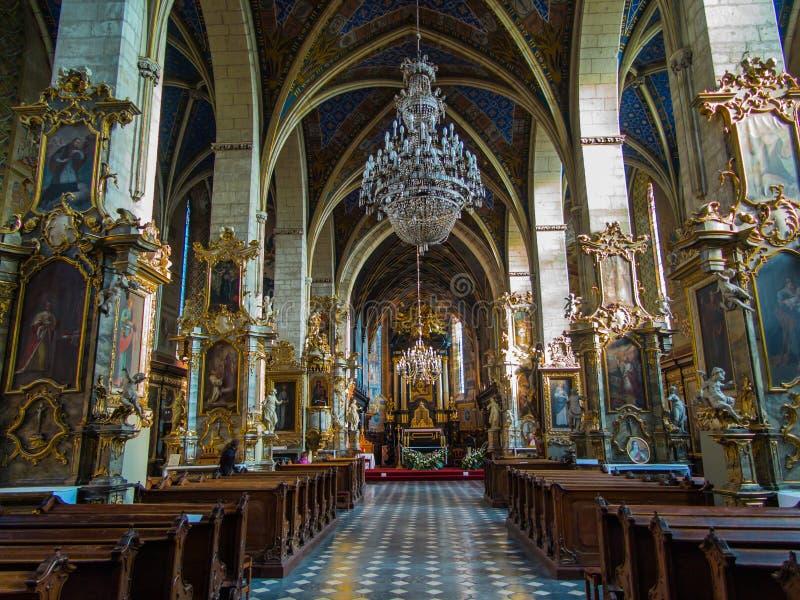 SANDOMIERZ, ПОЛЬША 16-ое октября 2015 : Интерьер собора стоковое изображение rf
