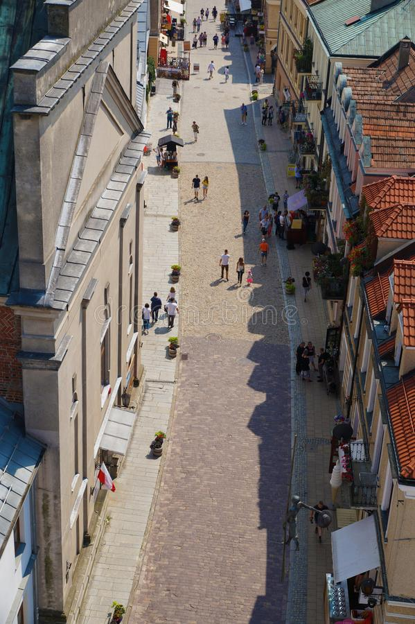Sandomierz, Polen, im Juli 2018 Opatowska-Straße, eine des stre stockfotos