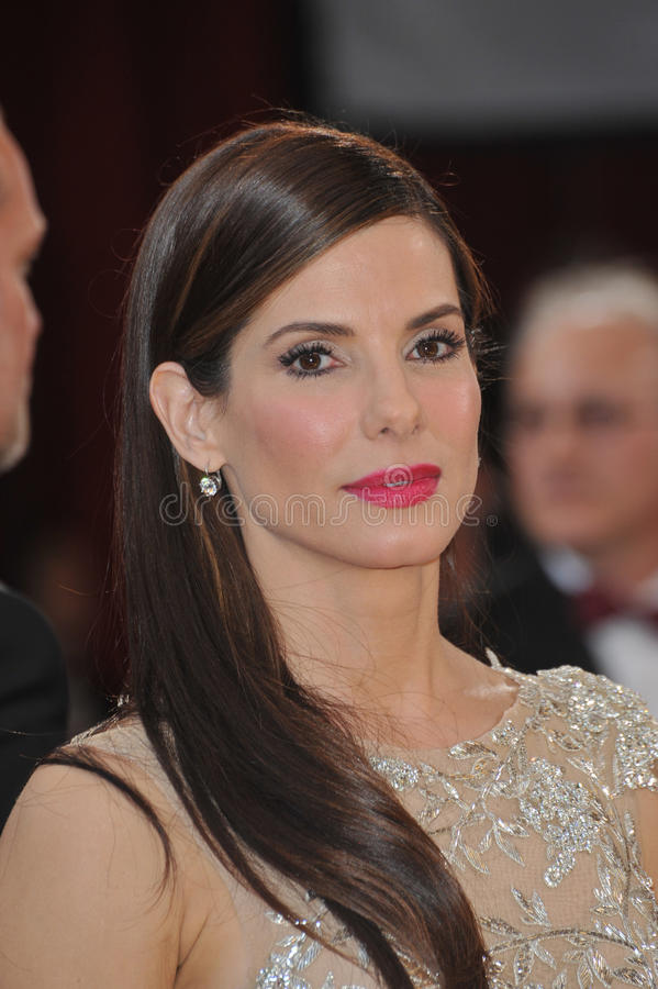 Download Sandra Bullock editorial photo. Image of featureflash - 26360626