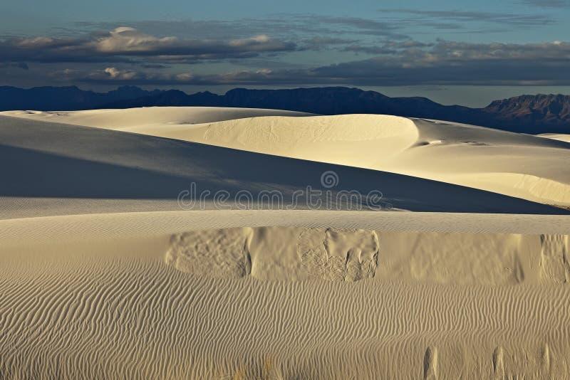 sands skymningwhite arkivbilder
