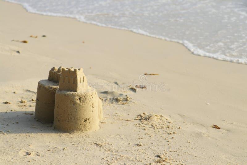 Sandslott p? stranden fotografering för bildbyråer