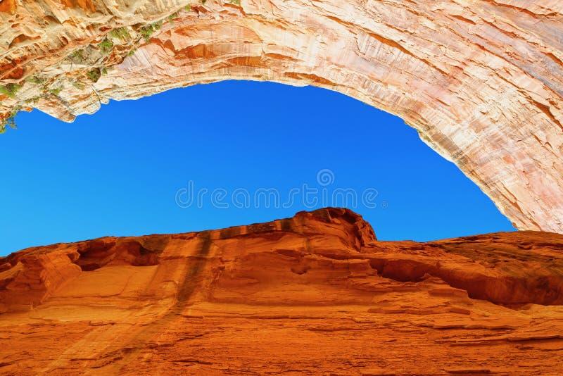 Sandsteenrotsformaties in het Capitolrif stock foto