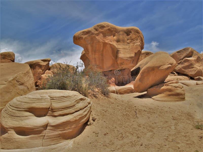 Sandsteinformationen in Teufel ` s Garten lizenzfreies stockfoto