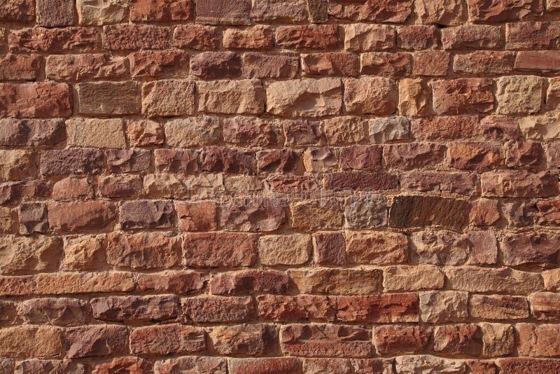 Sandsteinziegelsteinbeschaffenheit auf den Wänden von Fateh Pur Sikiri stockfotografie