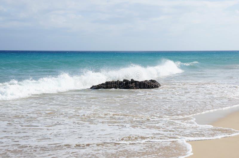 Sandstrand auf Fuerteventura lizenzfreie stockbilder