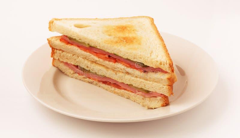 Sanduíche com bacon e vegetais foto de stock