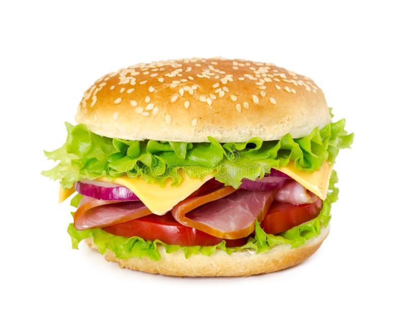 Sanduíche com presunto, tomate, queijo, cebola e alface foto de stock royalty free