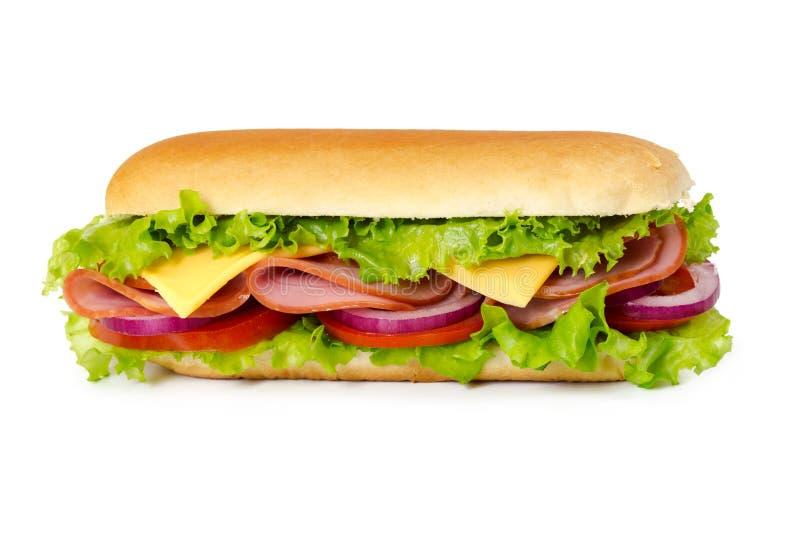 Sanduíche com presunto, tomate, queijo, cebola e alface imagem de stock royalty free
