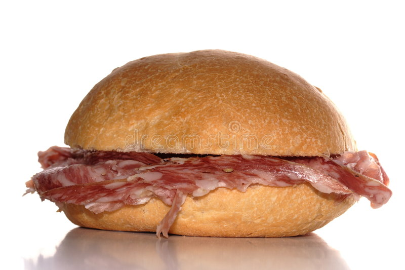 Sanduíche com salami foto de stock