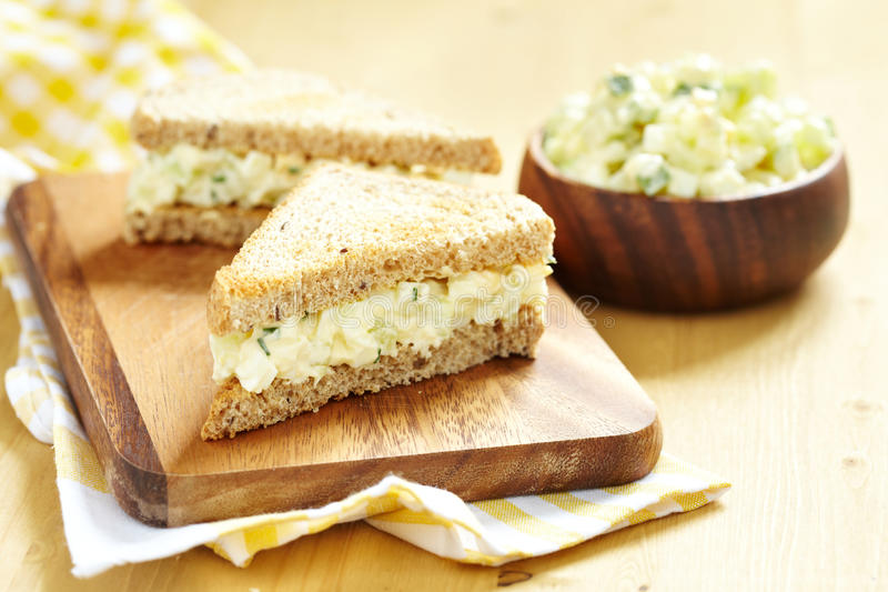 Sanduíche da salada do ovo fotografia de stock