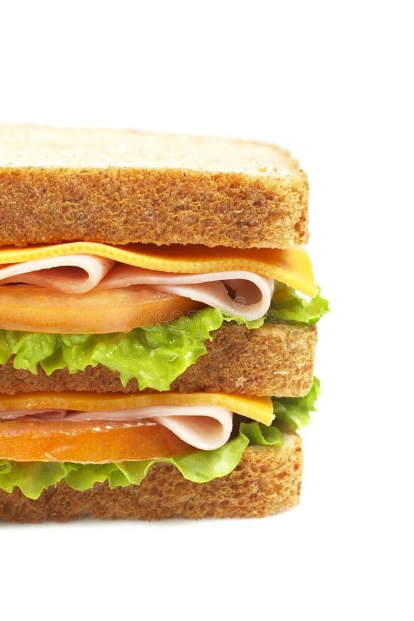 Sanduíche de presunto dobro com vegetais imagens de stock