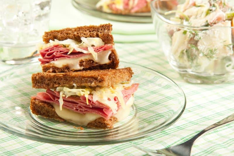 Sanduíche de Reuben imagem de stock royalty free