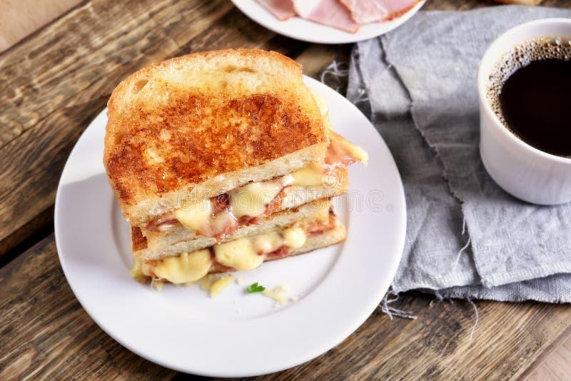Sanduíche do brinde, vista superior imagens de stock
