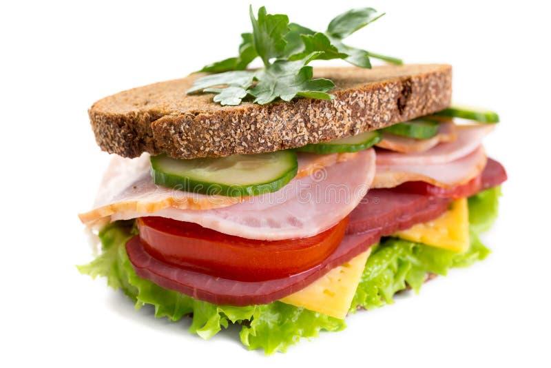 Sanduíche saudável no pão de centeio imagens de stock