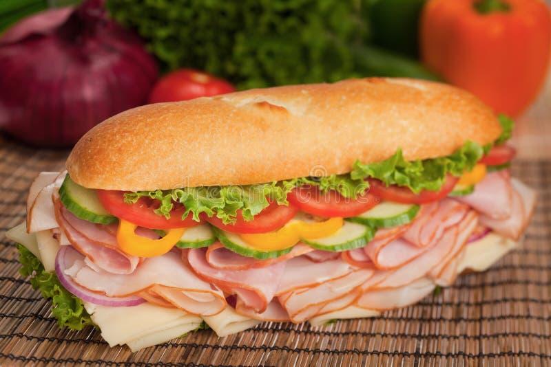 Sanduíche submarino saboroso do presunto & do peru fotos de stock royalty free