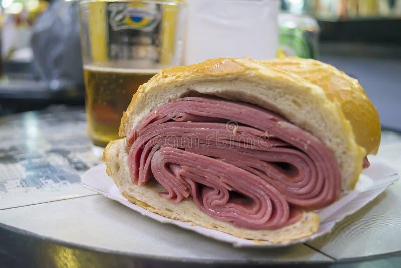 Sanduíche tradicional do mortadela de Sao Paulo, Brasil imagem de stock royalty free