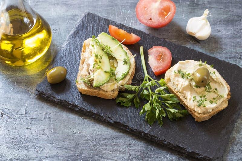 Sandu?ches de Hummus fotografia de stock