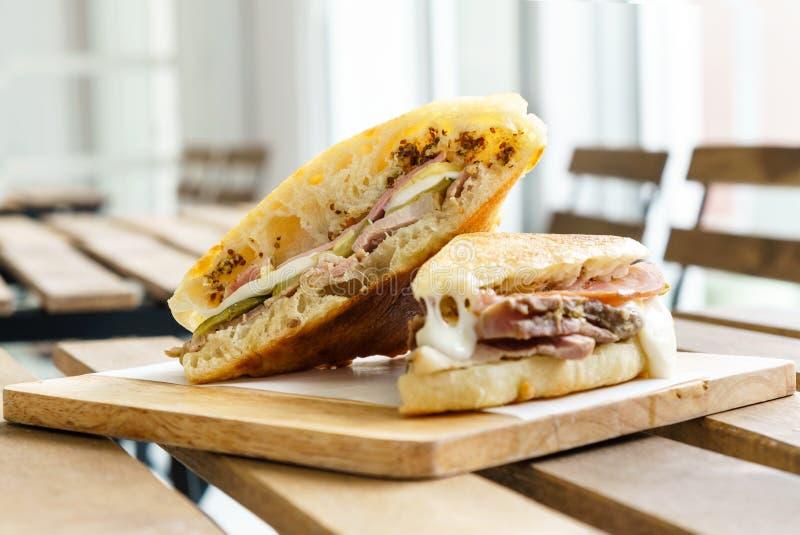 Sandwich à Cubain de fromage de jambon photographie stock libre de droits