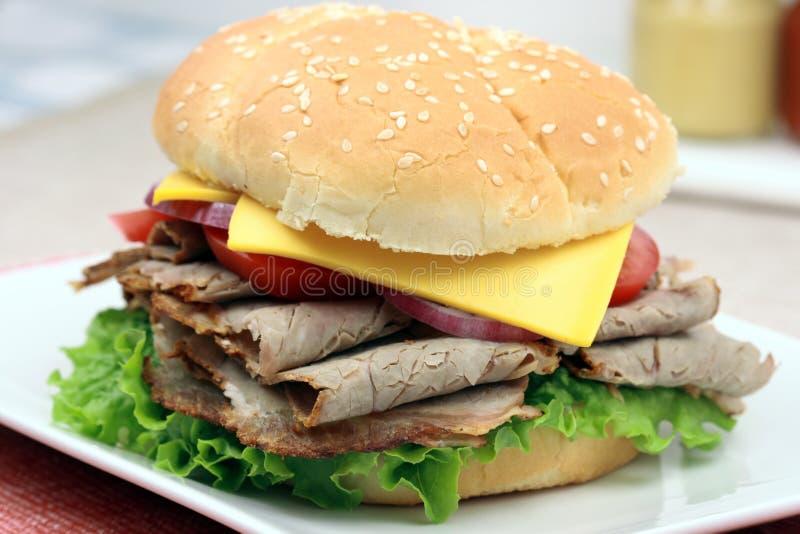 Sandwich à hamburger d'agneau photographie stock libre de droits