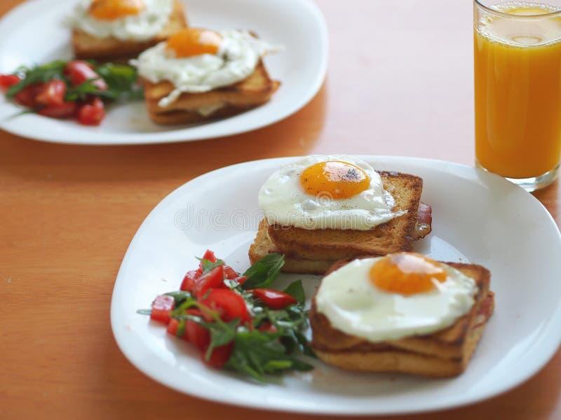 Sandwich à Madame de Croque image stock