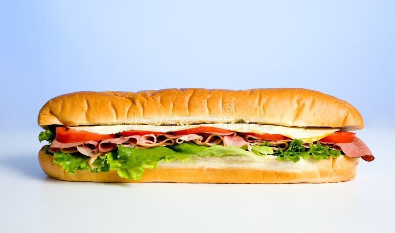 Sandwich auf Blau lizenzfreies stockbild