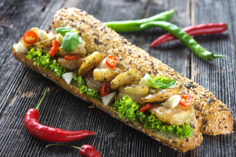 Sandwich avec des crevettes image libre de droits