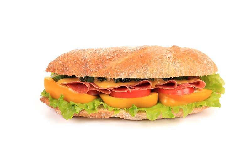 Sandwich avec du jambon, le fromage et la tomate image stock