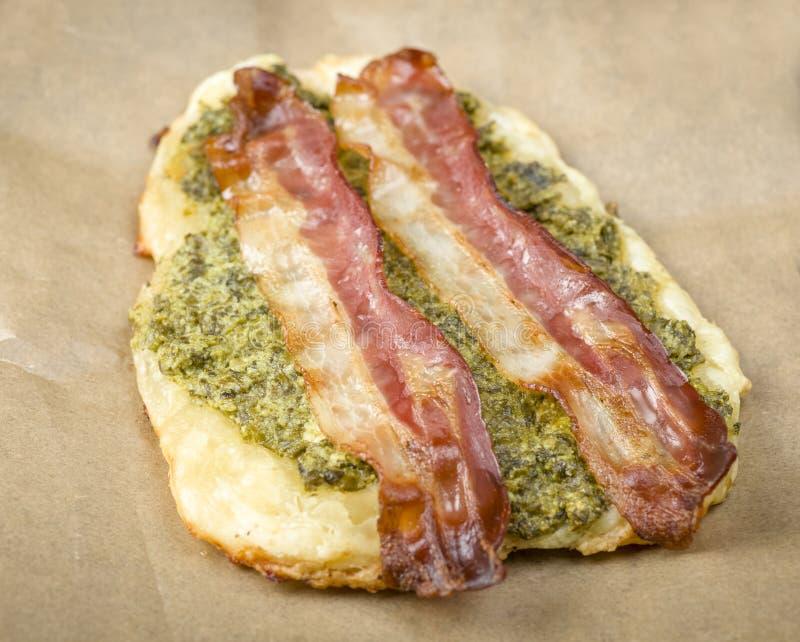 Sandwich avec la pâte feuilletée image libre de droits