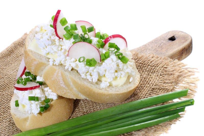 Sandwich avec le fromage blanc images stock