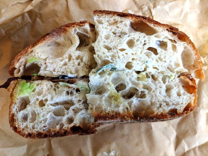 Sandwich croustillant à butoir de porte en papier ciré image stock